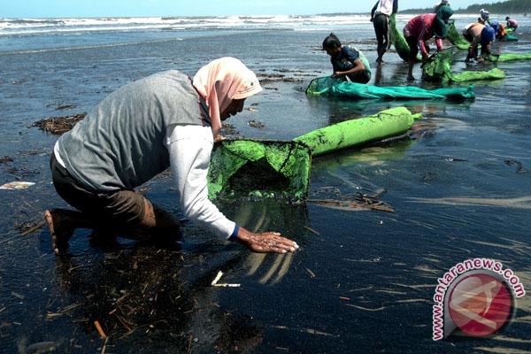 LSM Tolak Aktivitas Buang Limbah ke Laut