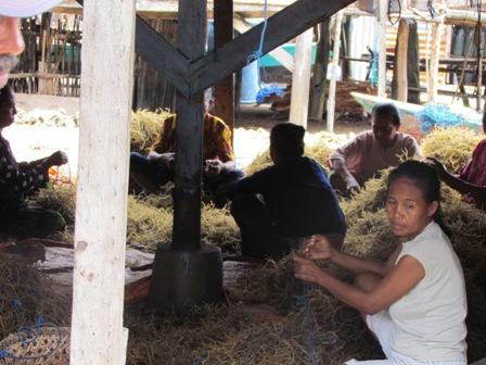 Revisi UU Perikanan Penting untuk Pengakuan Peran dan Perlindungan Perempuan Nelayan
