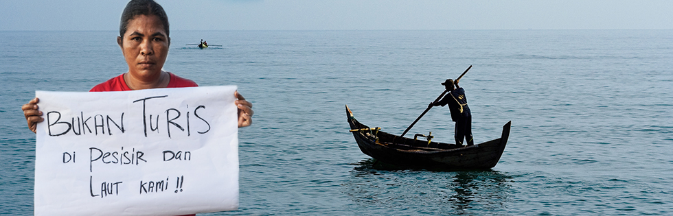 bukan turis di pesisir dan laut kami
