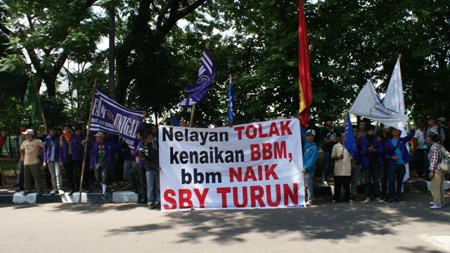 KIARA: Batalkan Kenaikkan Harga BBM Bersubsidi