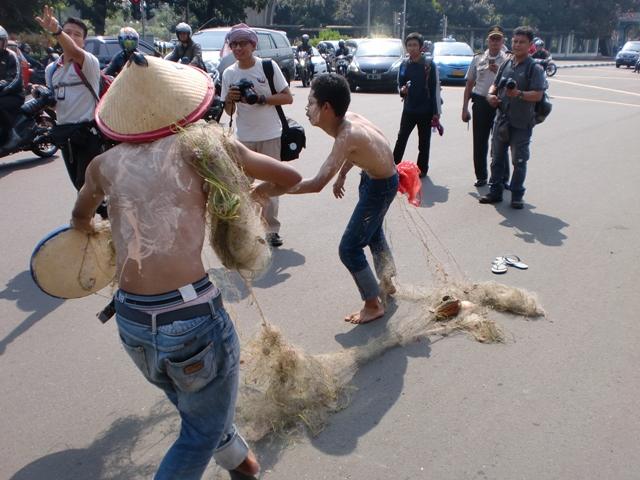 Pemberantasan Pencurian Ikan: Sea and Coast Guard Jawaban Tumpang Tindih Koordinasi